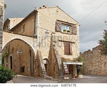 St. PAUL DE VENCE, FRANCE - AUGUST 27: St Paul De Vence is a beautiful medieval fortified village pe