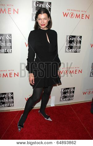 LOS ANGELES - MAY 10:  Milla Jovovich at the L.A. Gay & Lesbian Center's