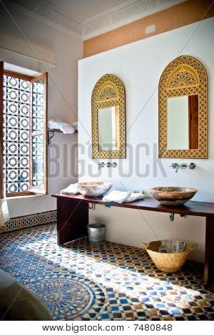 arabian hotel room