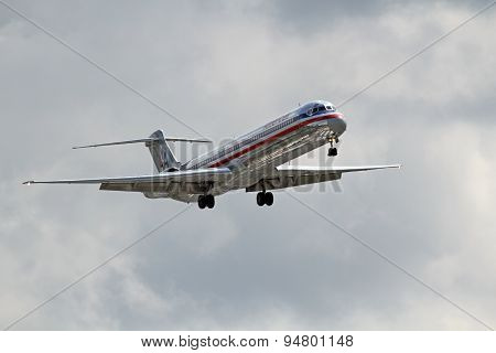 American Airlines Mcdonnell Douglas Dc-9-82(md-82)