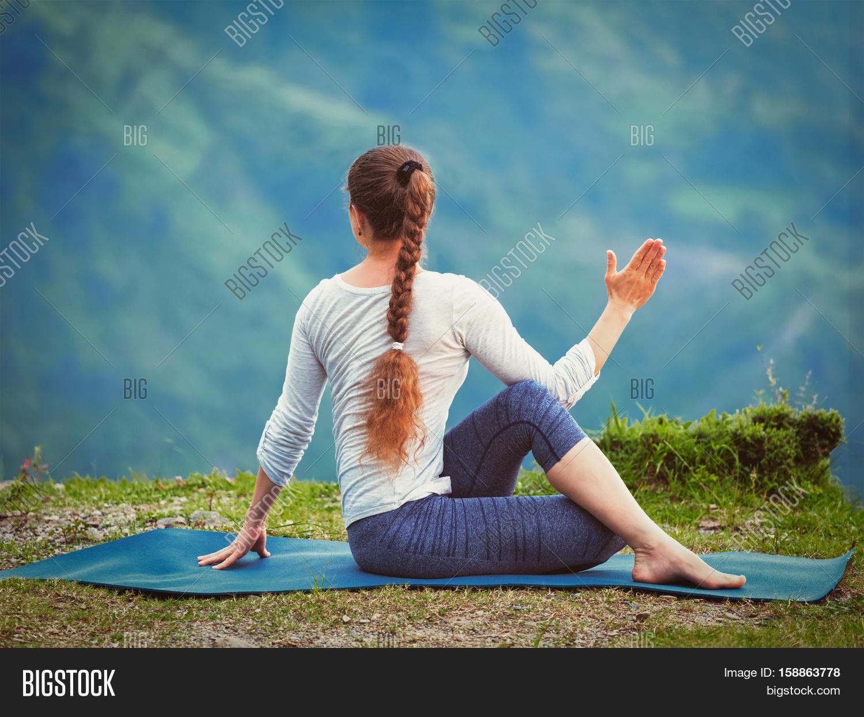 Hatha Yoga Outdoors