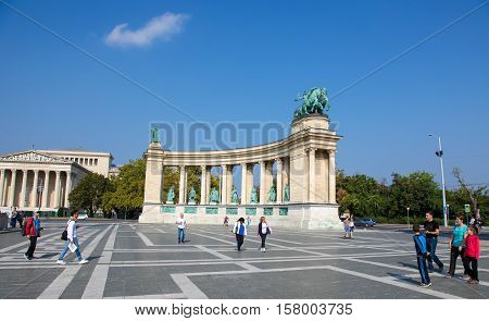 Hosok Tere Or Heroes Square In Budapest, Hungary