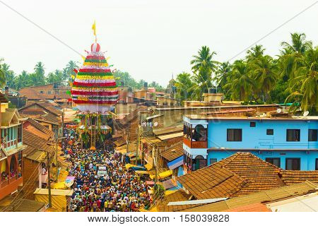 Gokarna Shivarathri Crowd People Chariot Pulling H