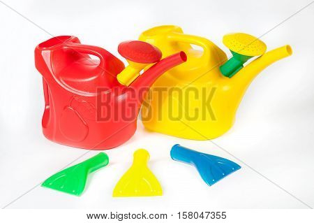 Three Color Plastic Watering Cans With Replaceable Nozzles