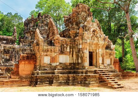 Entrance To Ancient Thommanon Temple In Angkor, Siem Reap