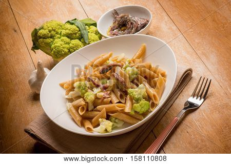 pasta with cauliflower and anchovy