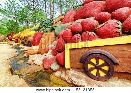 Clay Sculptures Of Fruits And Vegetables, The Dalat Star