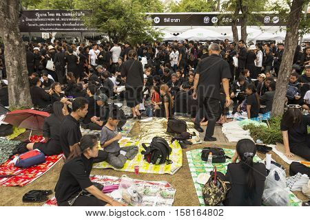 BANGKOK THAILAND - OCT 29 : The crowd of mourners in sanam luang while the funeral of king Bhumibol Adulyadej in Grand Palace on october 29 2016