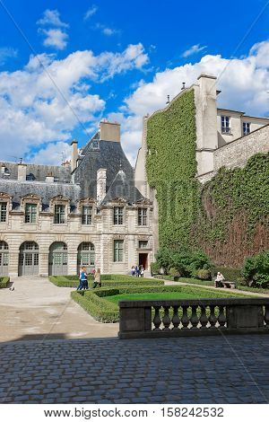 Hotel De Sully And Beautiful Park In Paris