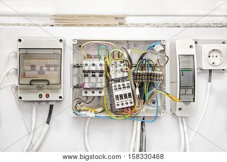 Breakers switch flat fuse electric box circuit breakers electrical panel switch with wires electric meter in box