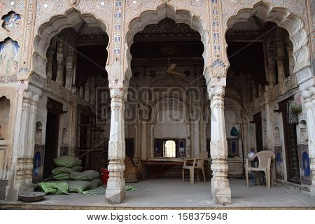 Courtyard of an old haveli in Mandawa, Rajasthan, India