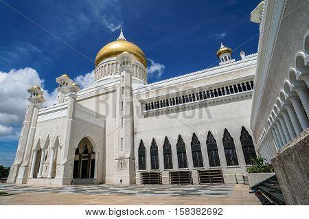 The Sultan Omar Ali Saifuddin Mosque in Bandar Seri Begawan,Brunei Darussalam