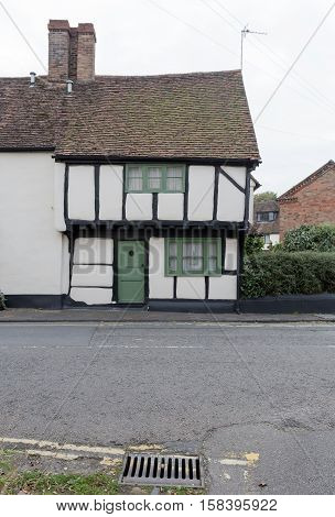 Winslow, Buckinghamshire, United Kingdom, October 25, 2016: Cottage On Horn Street With Green Door O