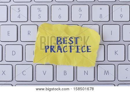 Best practice./ Best practice card with information on the keyboard