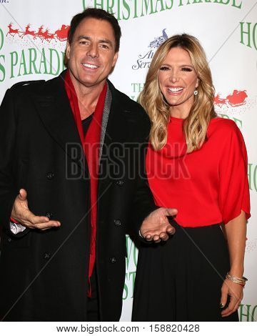 LOS ANGELES - NOV 27:  Mark Steines, Debbie Matenopoulos at the 85th Annual Hollywood Christmas Parade at Hollywood Boulevard on November 27, 2016 in Los Angeles, CA