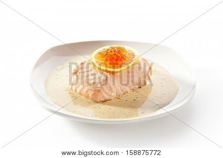 Steamed Salmon with Cream Sauce and Lemon Slice