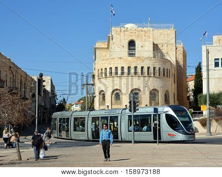 JERUSALEM ISRAEL 24 10 16 :The Jerusalem Light Rail is a light rail system in Jerusalem. Currently the Red Line is the only one in operation, the first of several light rail lines planned in Jerusalem