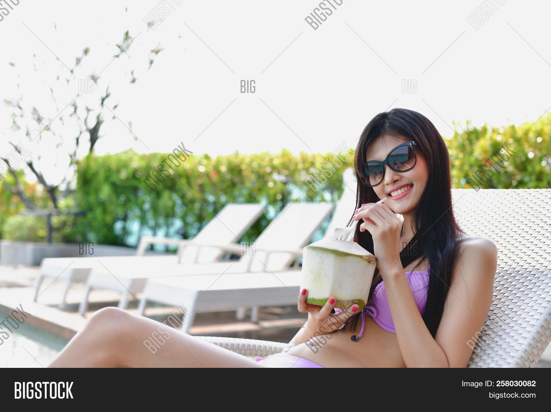 Stephanie mcmahon-helmsley nude