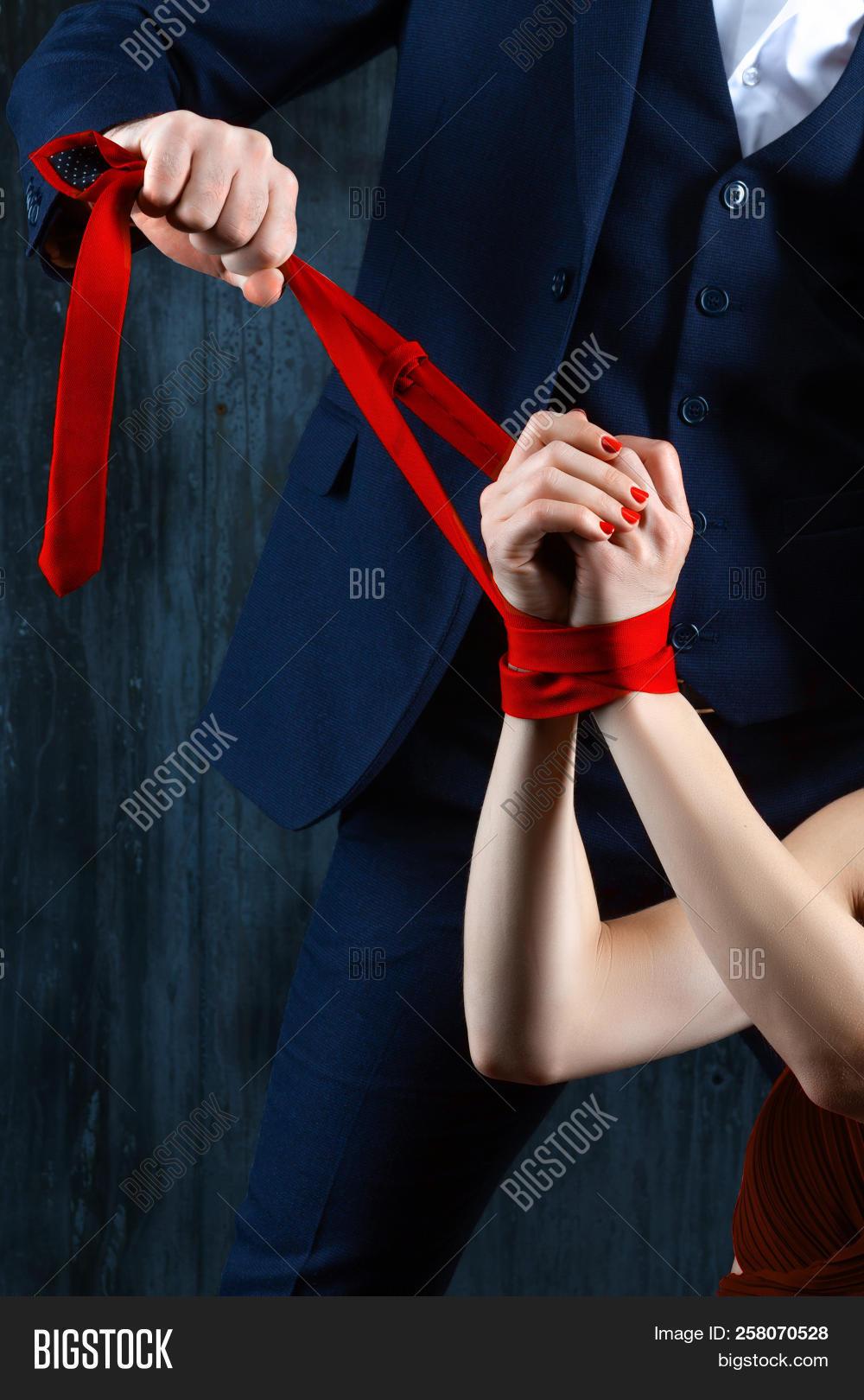 uniform dating free trial