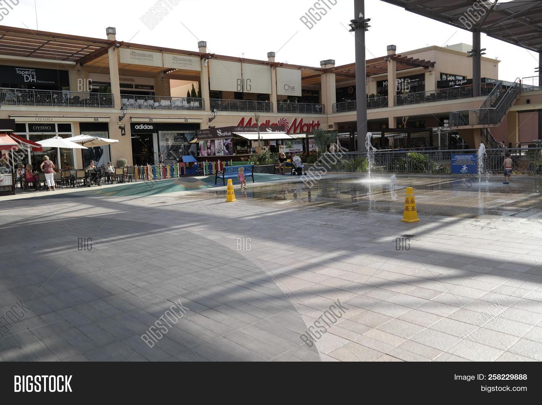 Pack para poner silueta cortador  La Zenia, Spain - 14 Image & Photo (Free Trial) | Bigstock
