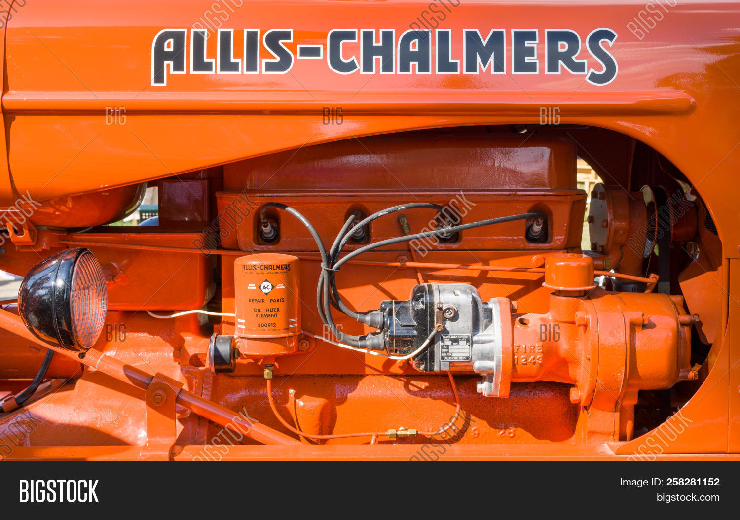 Vintage Allis-chalmers Image & Photo (Free Trial) | Bigstock