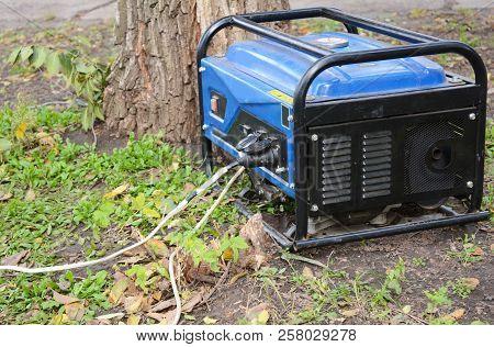 Portable Diesel Generator For Repair Hurricane Damage.  Portable Diesel Generator For House Repair.