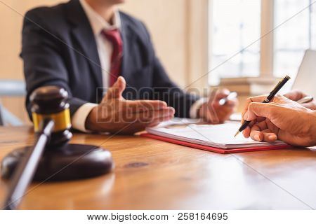 Co-investment Business And Lawyer Or Judge Team Signing Contract Agreement, Concepts Of Law, Advice,