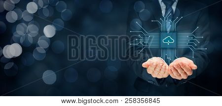 Cloud Computing Concept - Connect Devices To Cloud. Businessman Or Information Technologist With Clo