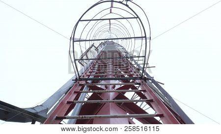 Communication Tower Broadcasting Telecommunication Wireless Antena Microwaves