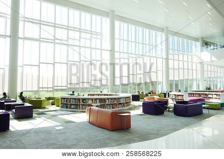 Raleigh,nc/usa - 8-24-2018: The James B Hunt Library On Centennial Campus Of Nc State University In