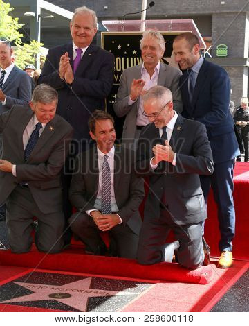 LOS ANGELES - SEP 13:  Leron Gubler, guest, Michael Douglas, Eric McCormack, Mitch O'Farrell, Max Mutchnick at the Eric McCormack Star on the Hollywood WOF on September 13, 2018 in Los Angeles, CA