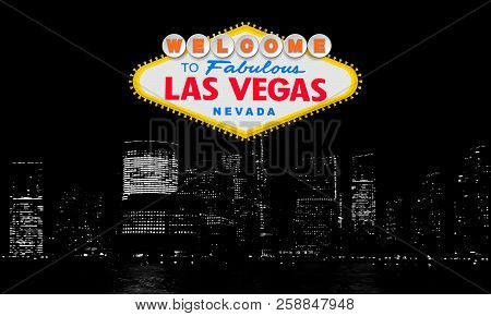 Welcome To Fabulous Las Vegas Nevada. Classic Retro Welcome To Las Vegas Sign On Big City Background
