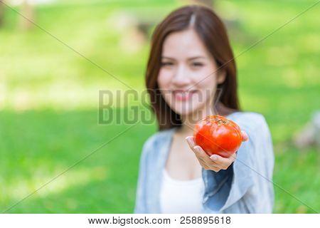 Tomato High Antioxidant Lycopene Vitamin C For Girl Teen Healthy Skin.