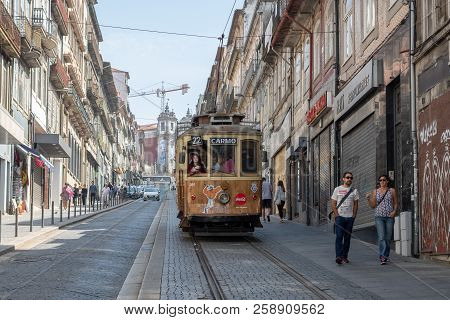 Porto, Portugal - September 16, 2018 : Electric Rising Street January 31 In The City Of Porto. The T