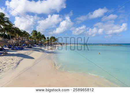 Oranjestad, Aruba - January 15, 2018: View Of The Turquoise Water And The Idyllic Eagle Beach In Aru