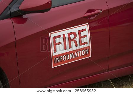 Fire Information Magnet Sign On A Vehicle Managing The Terwilliger Fire In The Willamette National F