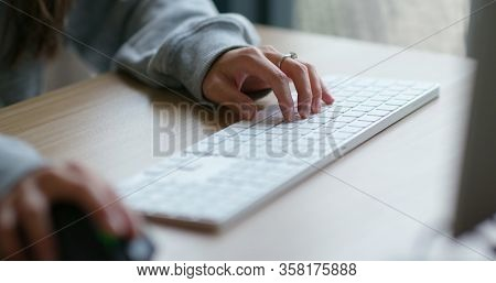 Woman use of laptop computer