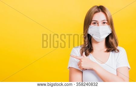 Portrait Asian Beautiful Young Woman Wearing Face Mask Protects Filter Dust Pm2.5 Anti-pollution, An