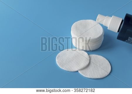 Cotton Pads For Skin Care, For Cleansing The Face Of Cosmetics With Tonic Or Micellar Cleansing Wate