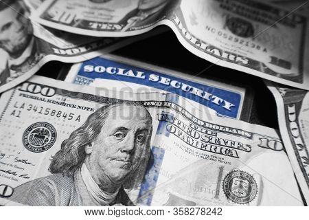 Social Security Card With Benefit Money High Quality