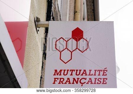 Bordeaux , Aquitaine / France - 02 21 2020 : Mutualite Francaise Sign Logo French Non-profit Health