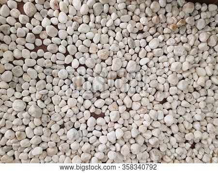 Rounded Rubble Stone Mozaic Pattern Floor Background