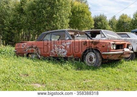 Old Abandoned Rusty Vehicles, Crushed Cars In Scrapyard, Junk Yard Needed To Be Utilised And Reused