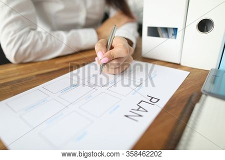 Woman Draws Up Paper Financial Payment Boards. Account Grouping And Cash Flow Analysis. Multilevel S