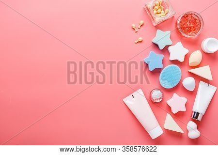 Cosmetic Sponges Powder For Face Makeup, Cosmetic Sponges On Pink Background. Beauty Concept. Flat L