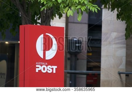 Brisbane, Queensland, Australia - 26th January 2020 : View Of The Australian Post Logo Located In Fr