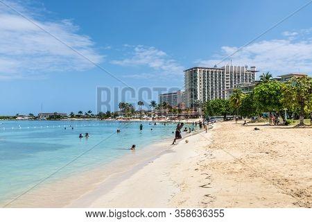 Ocho Rios, Jamaica - April 22, 2019: The Ocho Rios Bay Beach Also Referred To As Turtle Beach And Mo