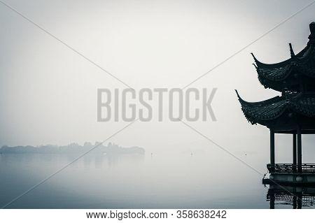 West Lake .freshwater Lake In Hangzhou, China. Classical Beauty In China Scene. Natural Scenery And