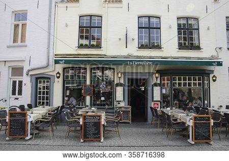Exterior Restaurant In Brugge