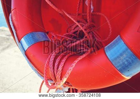 Red Rescue Wheel Remedy Macro Photo Rescue